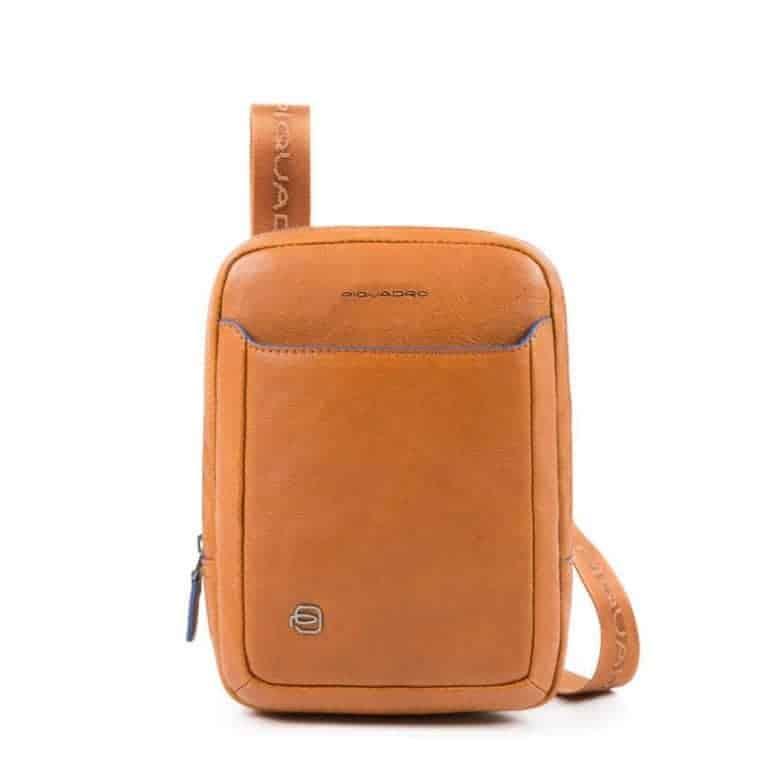 05911436369cd Borsello Piquadro uomo porta iPad mini pelle Blue Square Special cuoio.  TRASPORTO GRATIS